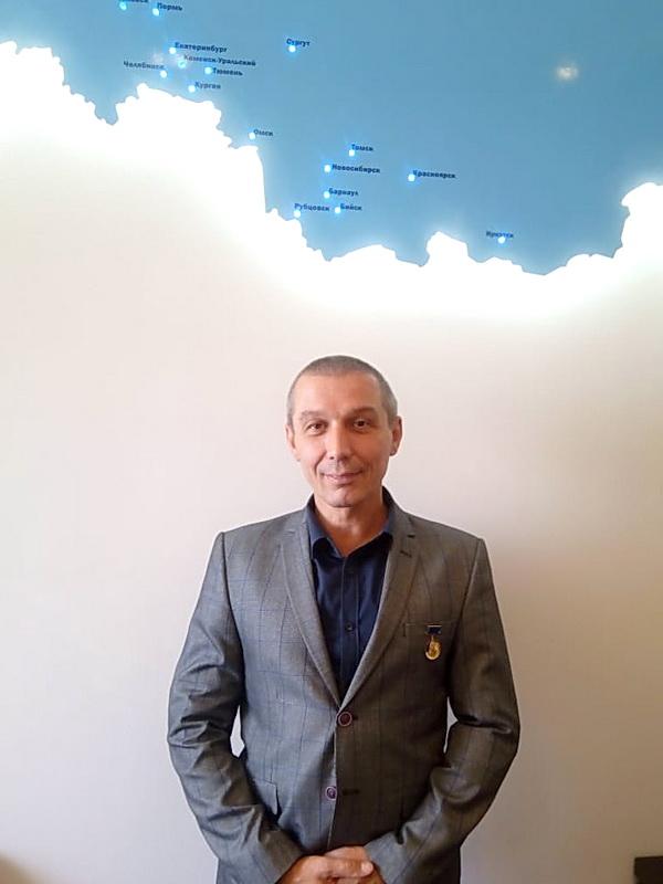 Гусев Дмитрий Александрович был награжден медалью им. академика В.Н. Челомея